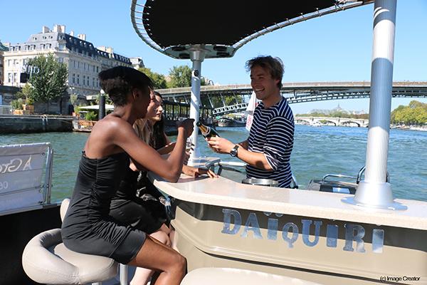 Green-River-Cruises-Croisière-et-champagne