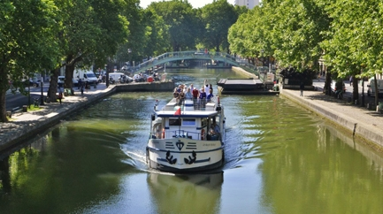 Cruise on the Canal Saint Martin