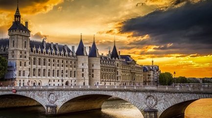 Sainte-Chapelle and Conciergerie - Priority-access ticket