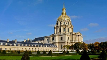 Unusual visit of the Invalides Museum (in french)