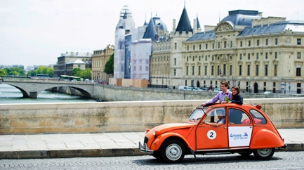 Original tour of Paris in 2CV